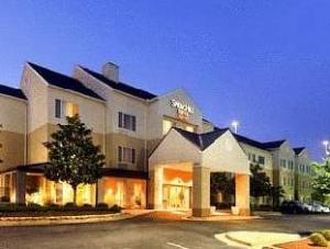 Montgomery Inn & Suites