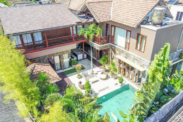 Imagine Your Family Renting a Luxury 5 Bedroom Holiday Villa Close to Seminyak's Main Attractions