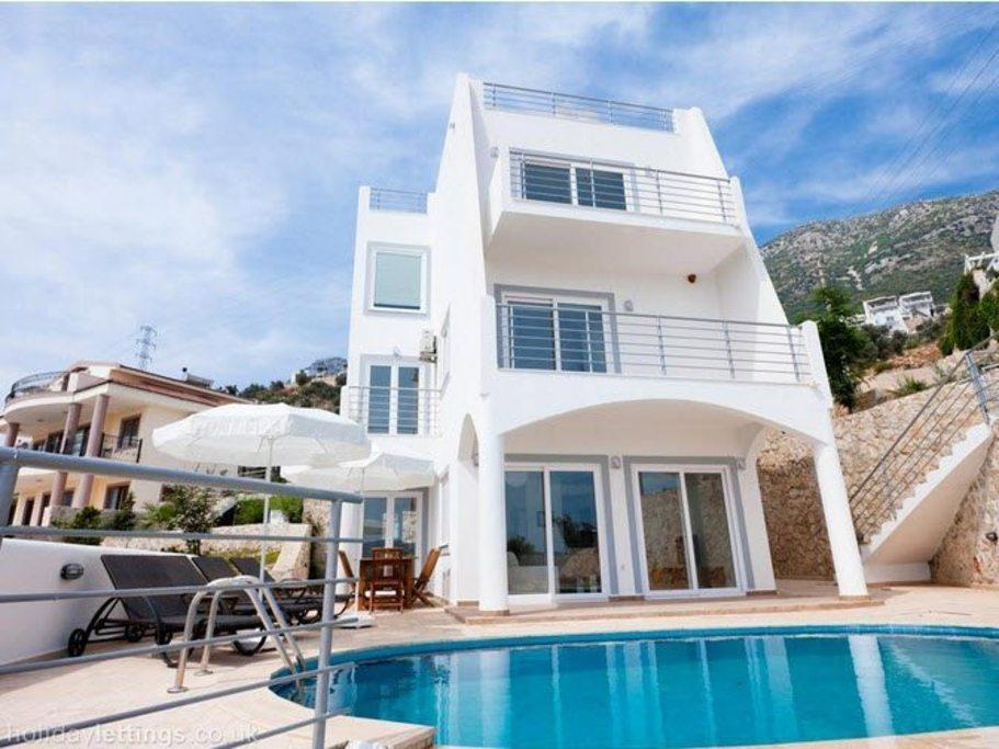 With Views Overlooking Kalkan Bay And Harbour