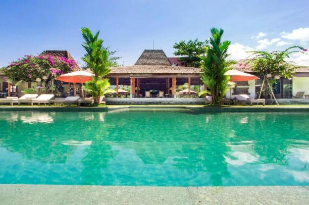 Imagine Your Family Renting a Luxury Holiday Villa Close to Umalas's Main Attractions, Villa Bali