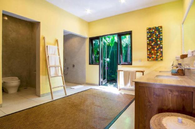 Imagine Your Family Renting a Luxury Holiday Villa Close to Umalas's Main Attractions, Villa Bali