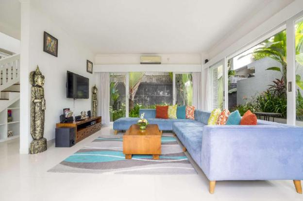 Picture This, Enjoying Your Holiday in a Luxury 5 Star Villa in Seminyak, For Less Than the Price of