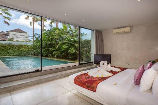 3 bedroom Brand New Luxury - 5 Star Quality