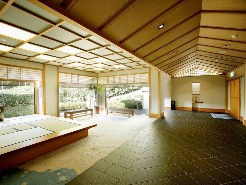 Menard Aoyama Resort  Wafukan Utatsu