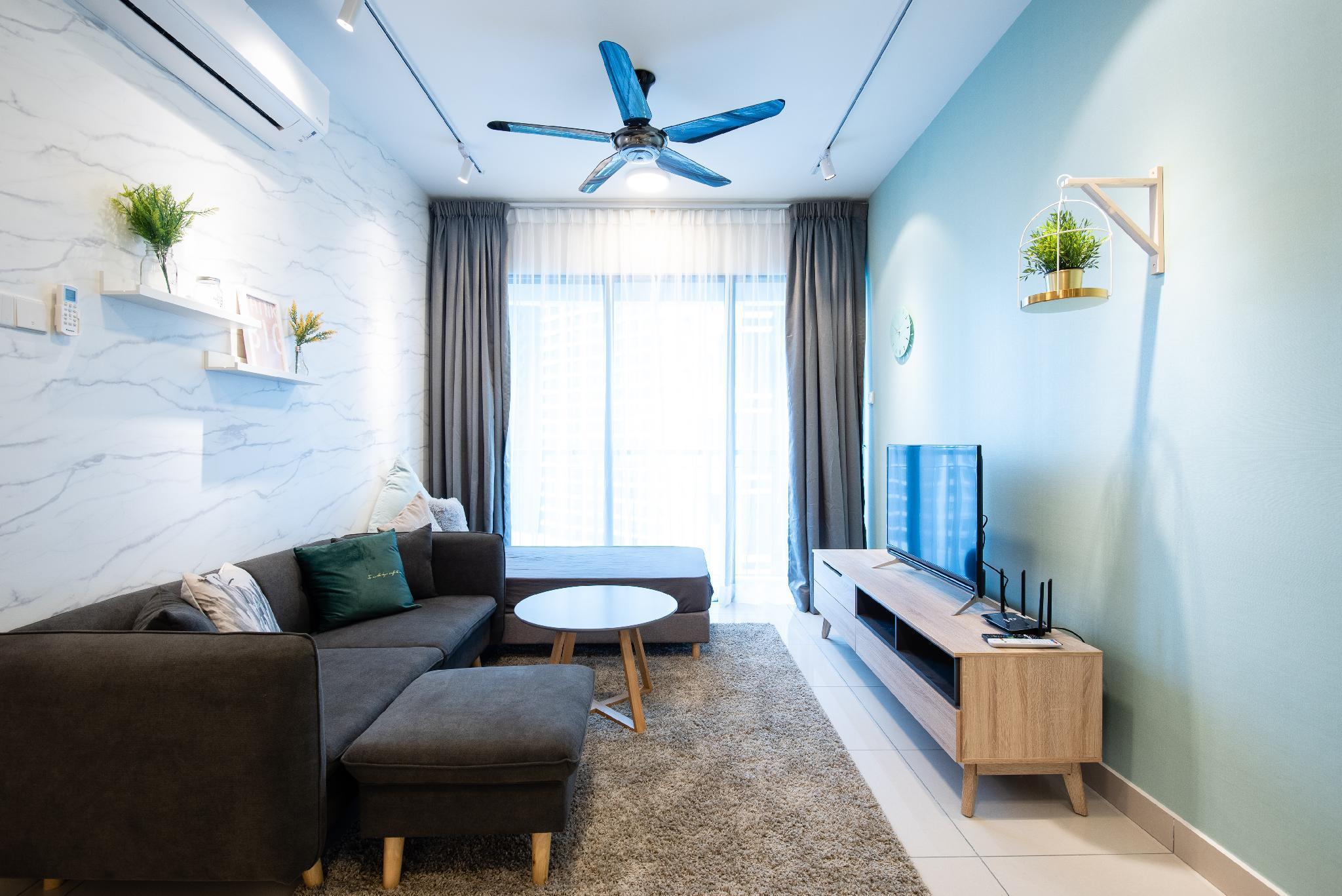 3 Rooms Elegant Minimalist Design 15min KLCC 8pax