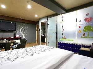 Shim Hotel