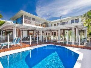 Noosa Apartments 45 Wyuna Drive