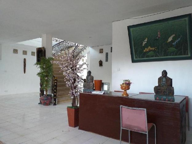 Arta Garden Guest House and Hostel