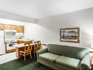 Quality Inn and Suites Hotel Mesa