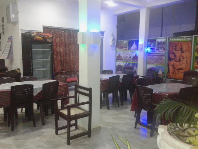 Yoho Bevary City Hotel