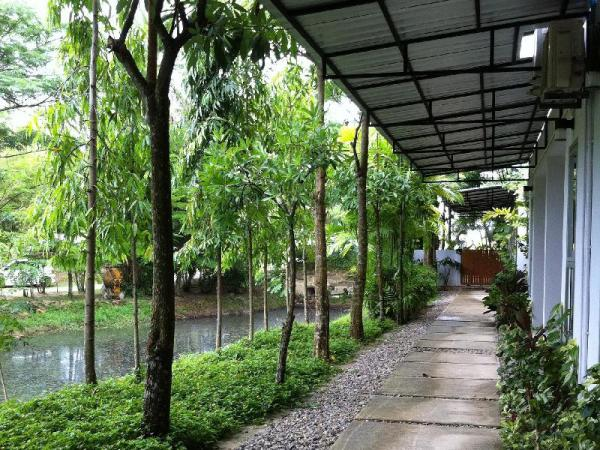Apartment Chaofa West On The Pond Phuket