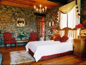 Lords Guest Lodge  McGregor
