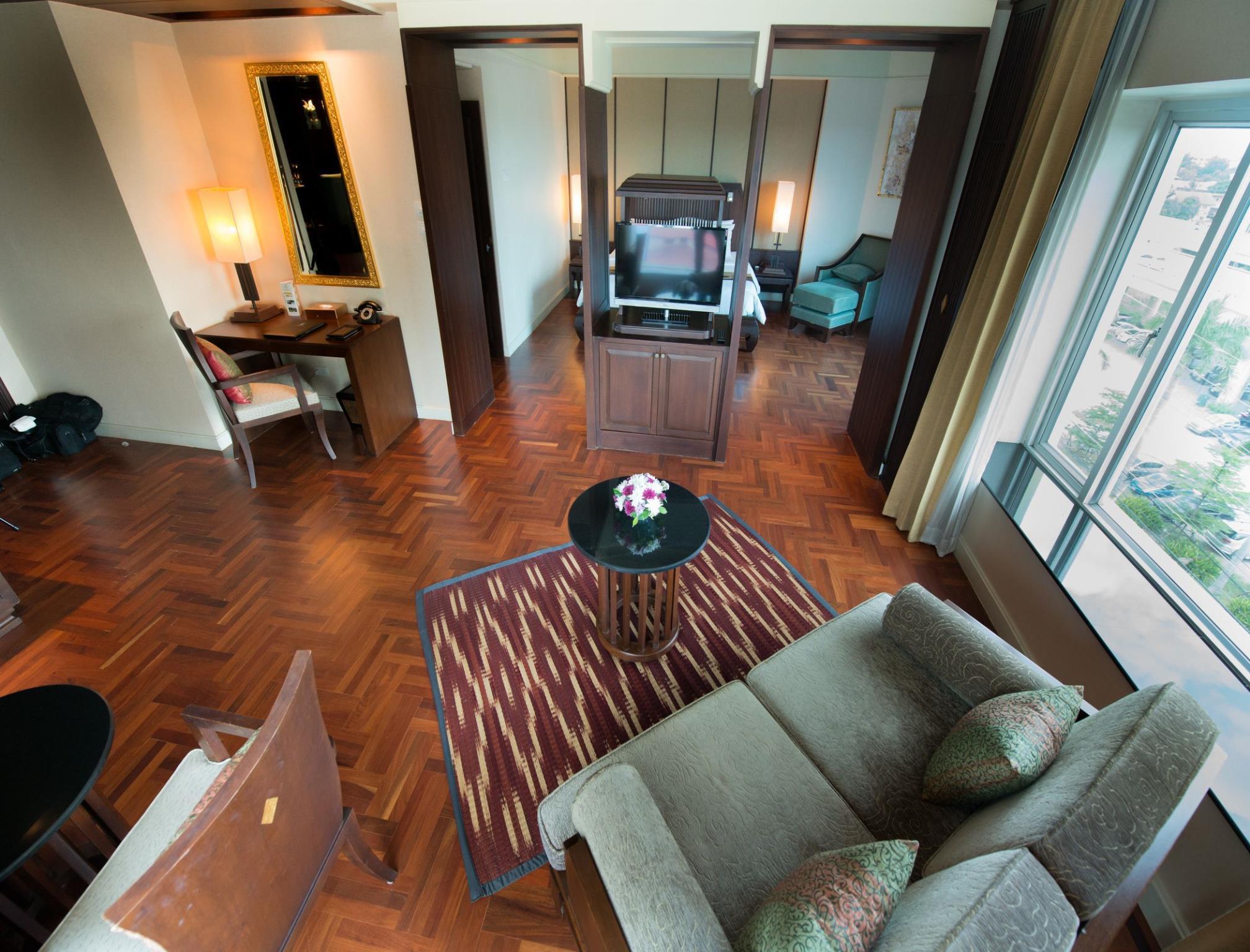 Krungsri River Hotel โรงแรมกรุงศรี ริเวอร์
