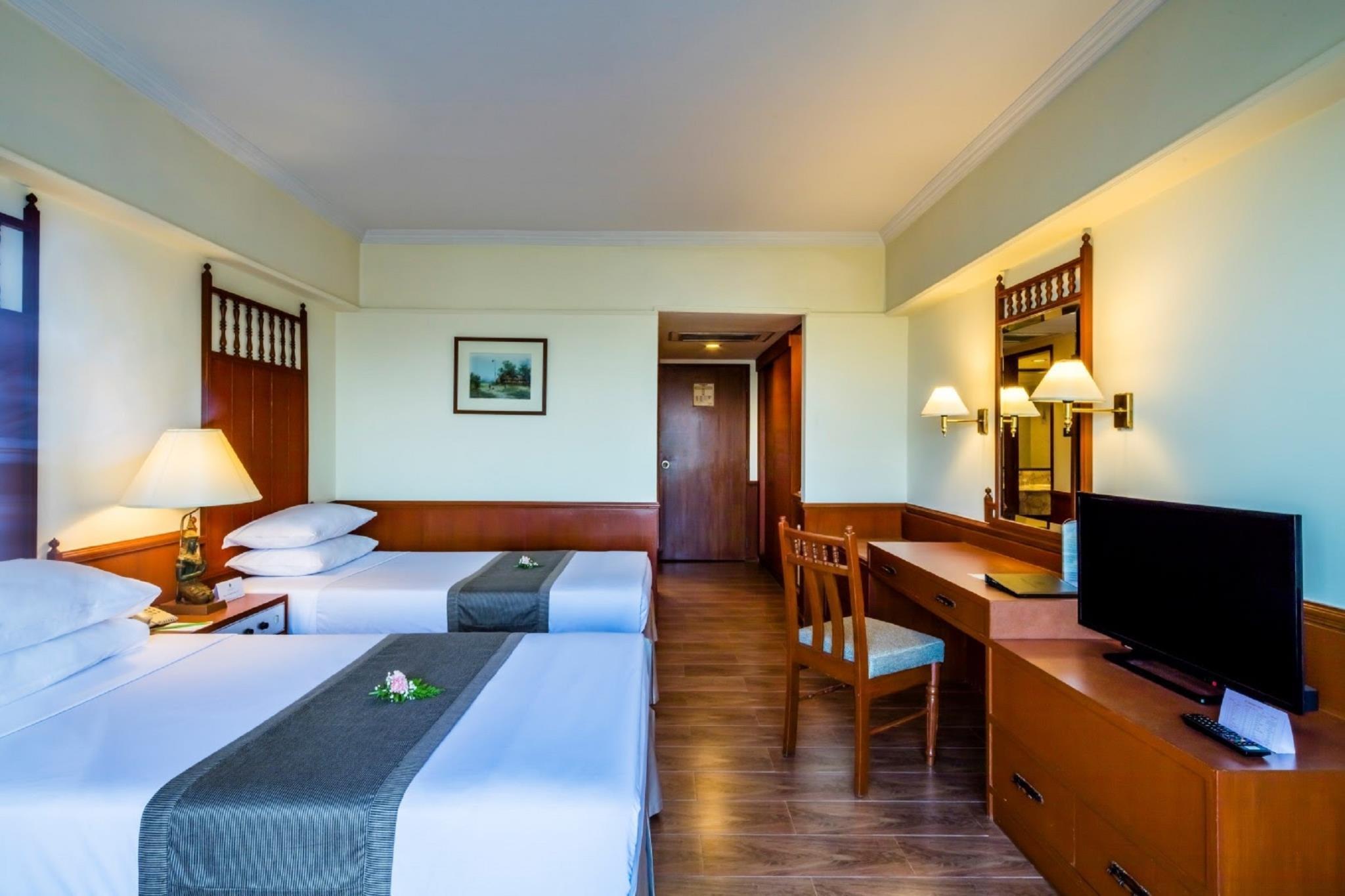 Bangkok Palace Hotel โรงแรมบางกอกพาเลส