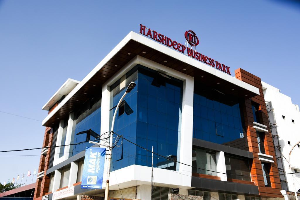 Harshdeep Smart Stays