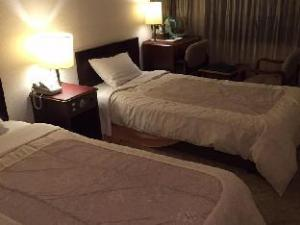 Hotel Eminence