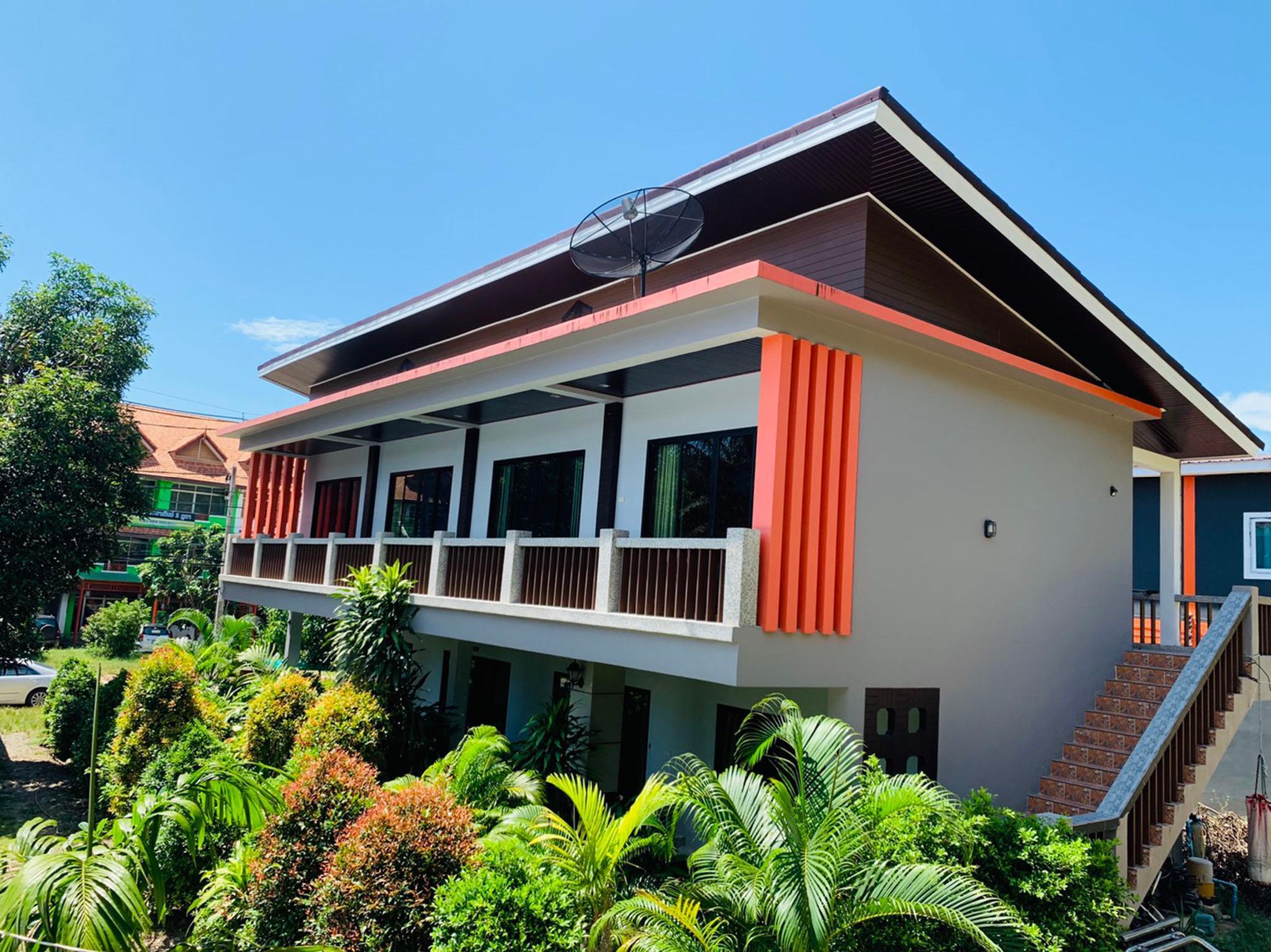 Lanta Phongpipat Resort