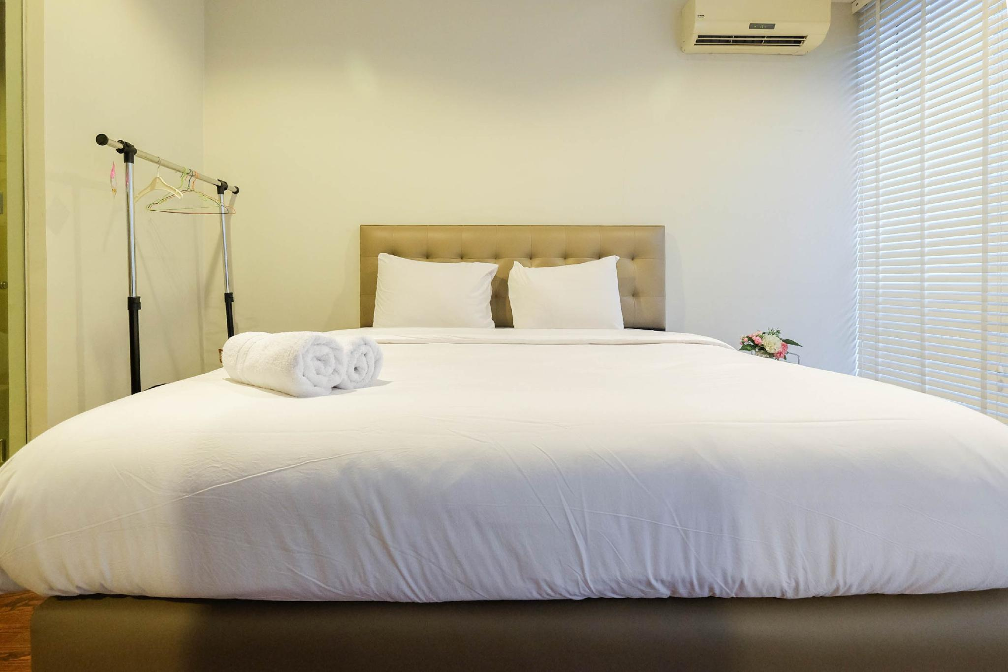 Beautiful 1BR Kemang Mansion Apartment By Travelio