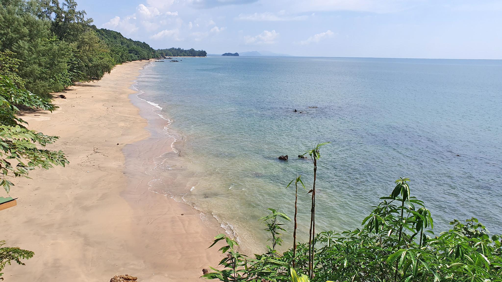 Koh Jum Aosi Beach View