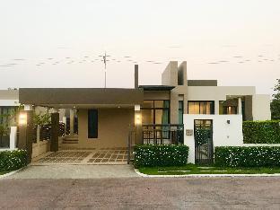 See Hill pool villa pattaya วิลลา 3 ห้องนอน 3 ห้องน้ำส่วนตัว ขนาด 267 ตร.ม. – บางสเหร่