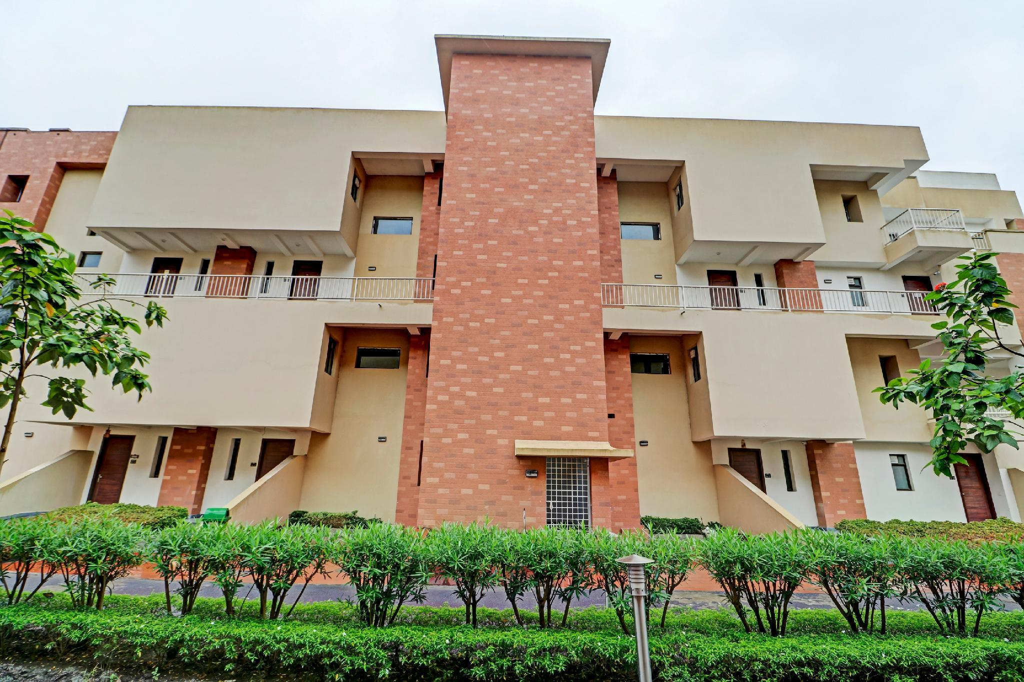 OYO 62620 Comfortable Stay Vedic Village