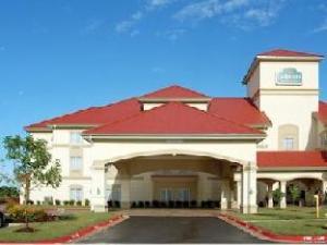 關於本頓維拉昆塔套房酒店 (La Quinta Inn & Suites Bentonville)