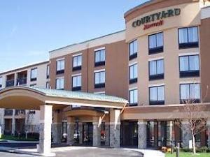 Courtyard By Marriott Pittsburgh Monroeville Hotel