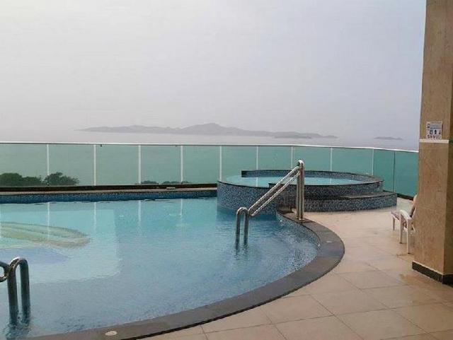 โรงแรม โคซี บีช ลักซูเรียส – Cosy Beach Luxurious Hotel