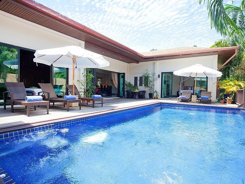 Villa Ploi Jantra วิลลา พลอยจันทรา