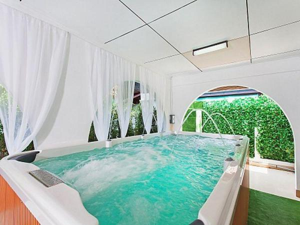 Jomtien Viva Villa - 4 Bedrooms Pattaya