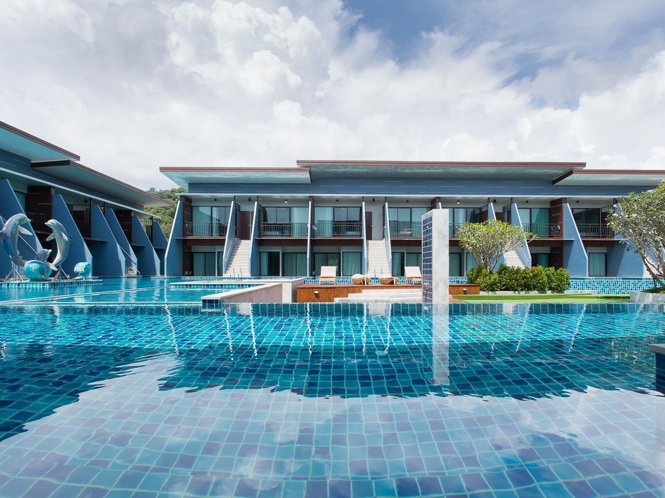 The Phu Beach Hotel เดอะ ภูบีช โฮเต็ล