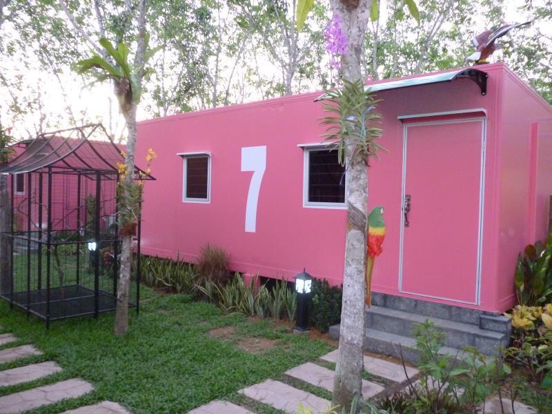 VJ Villa & Container Stay Danok