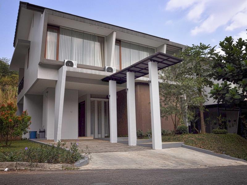 De Reiz Villa Tirta Syariah