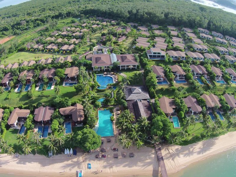 The Village Coconut Island Beach Resort Hotel Et