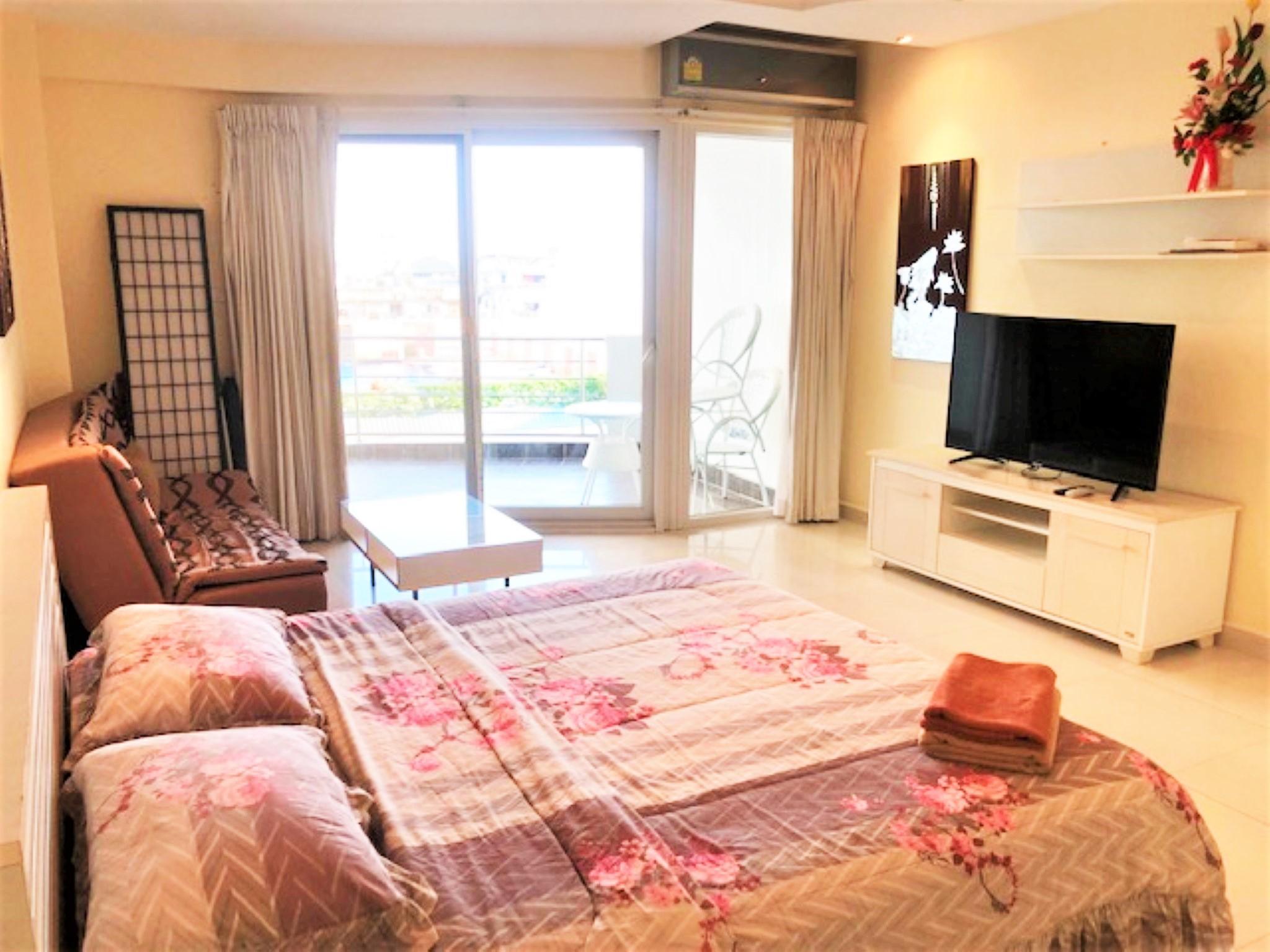 Jomtien Plaza Residence Sea View Studio Apartment