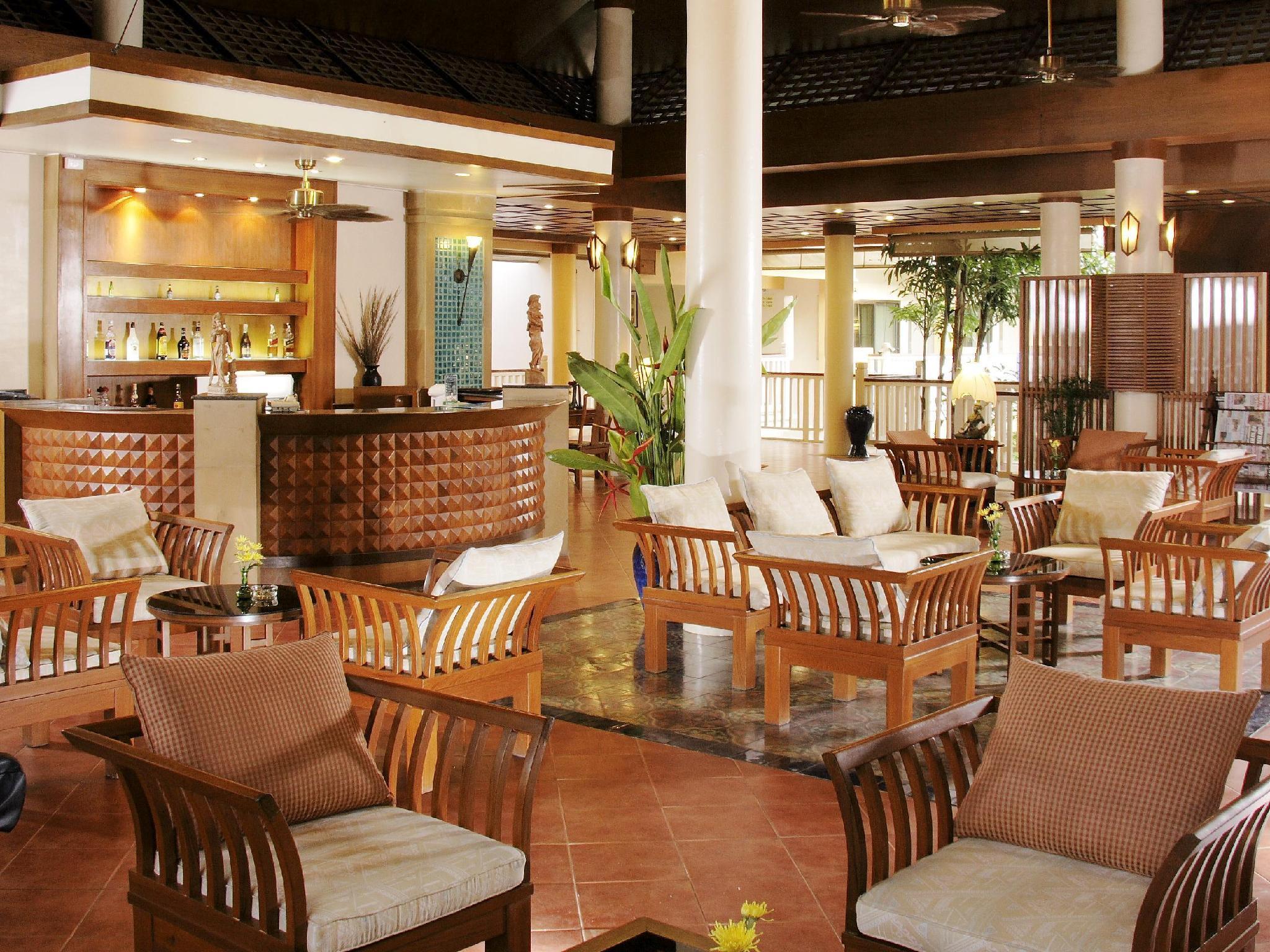 Thara Patong Beach Resort & Spa ธารา ป่าตอง บีช รีสอร์ท แอนด์ สปา