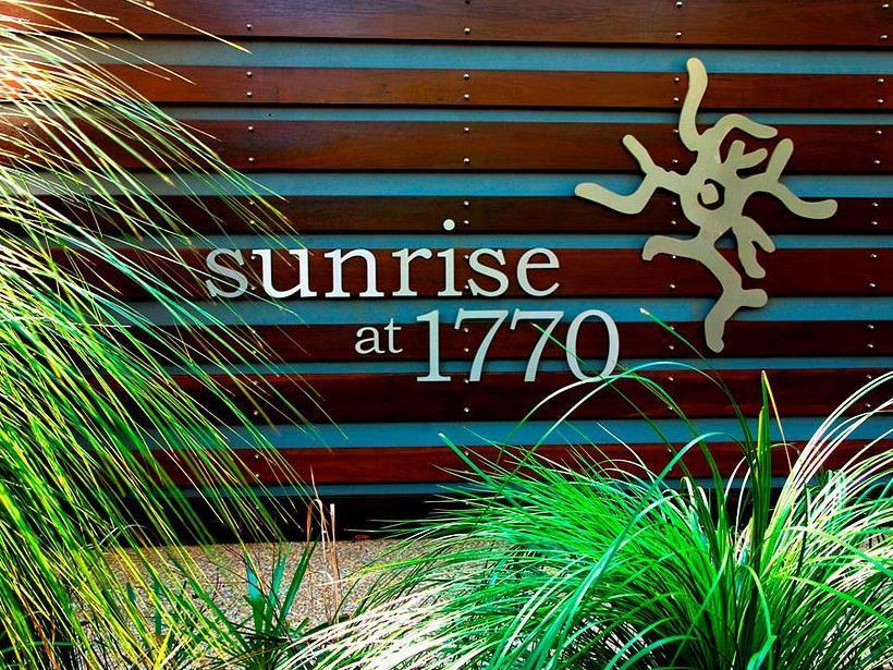 Sunrise At 1770 Holidays