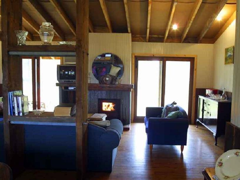 Reviews Lovedale Cottages