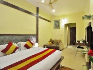 Hotel Kumar International