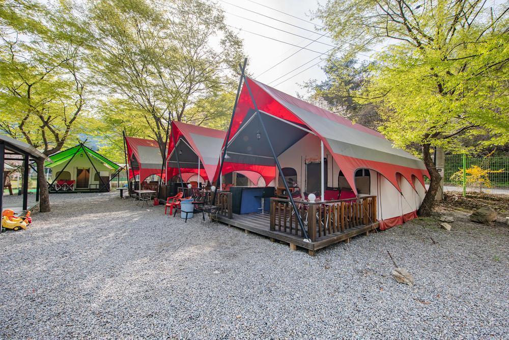 Hwangjungmin Glampinghouse