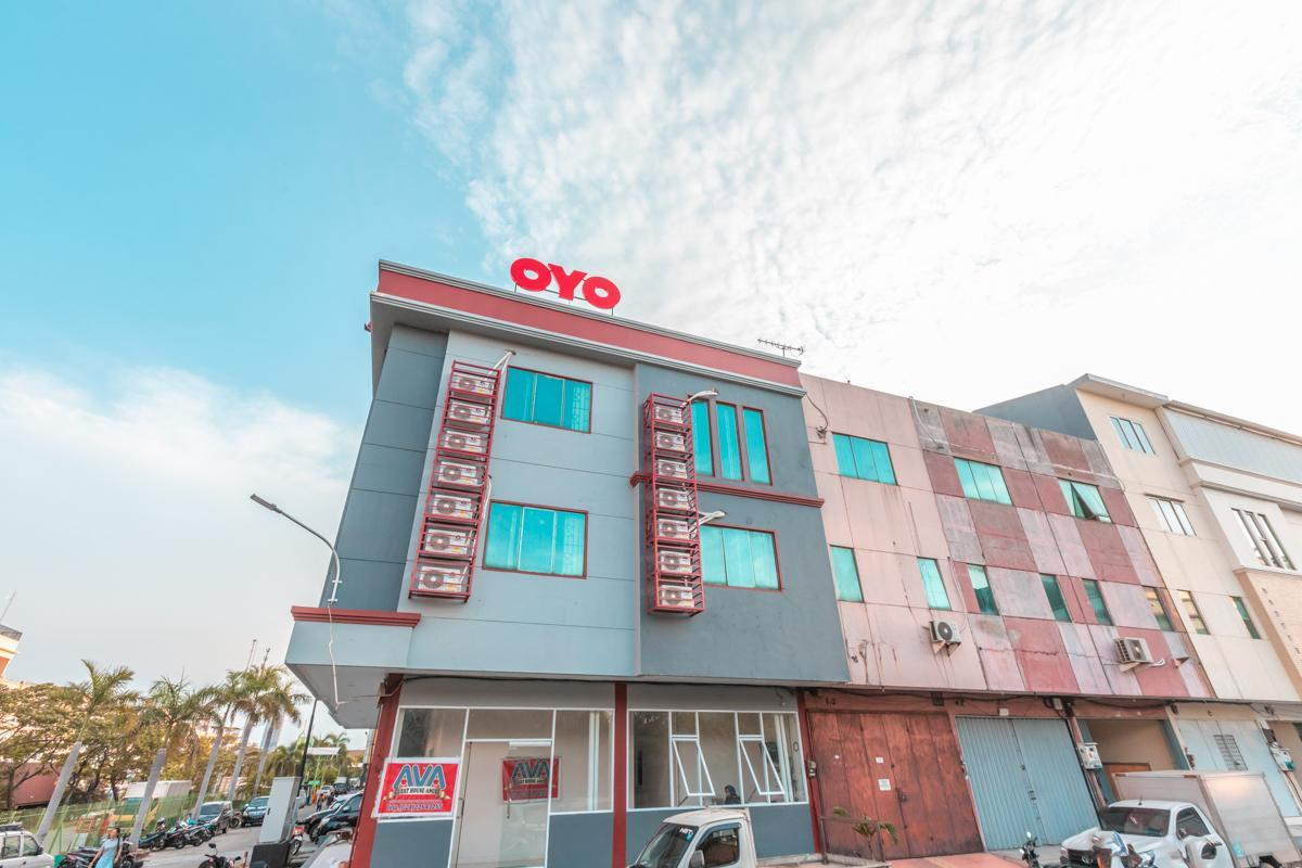 OYO 2230 Ava Guest House