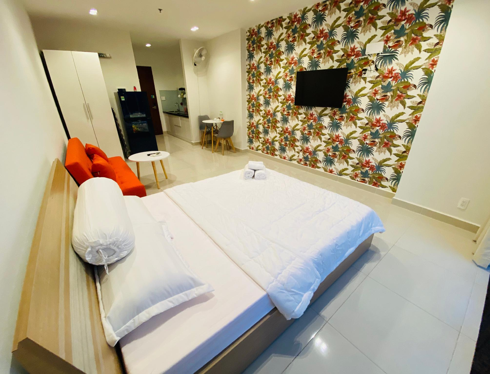 Live Like Home At 5* Apartment In Luxury Building