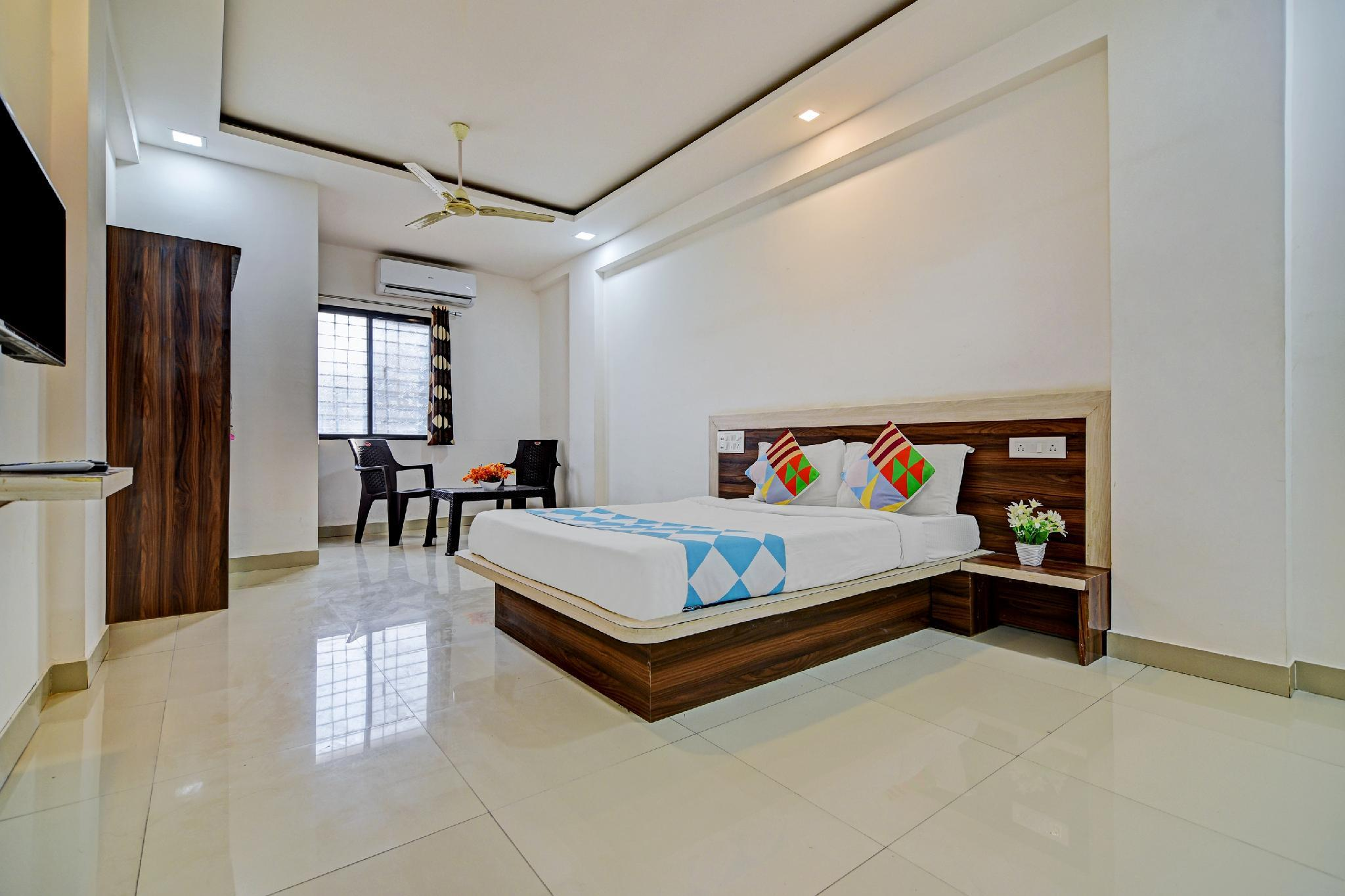 OYO Home 66258 Delightful Stay Hadapsar