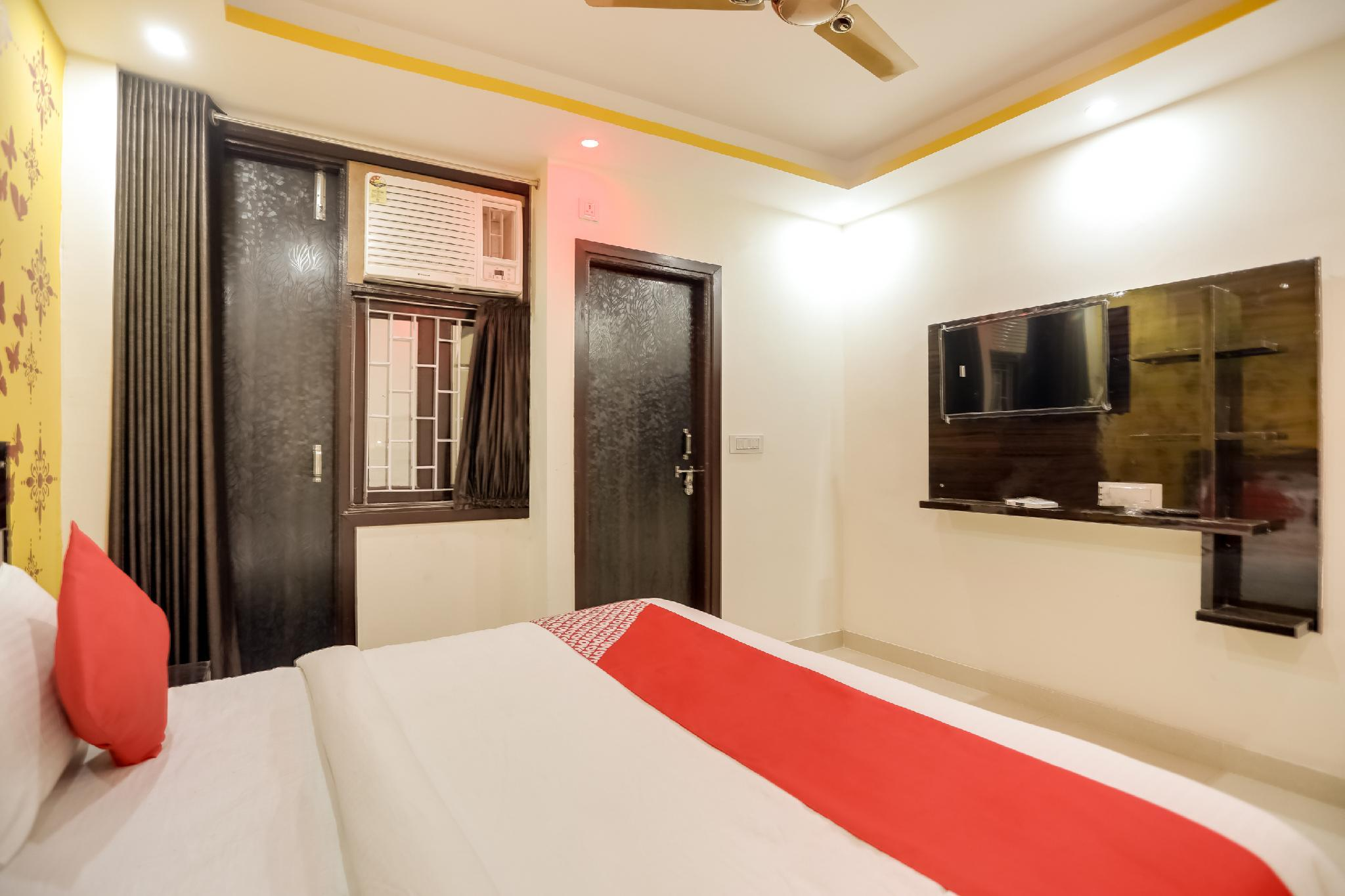 OYO 65319 Dwarka Nine Residency