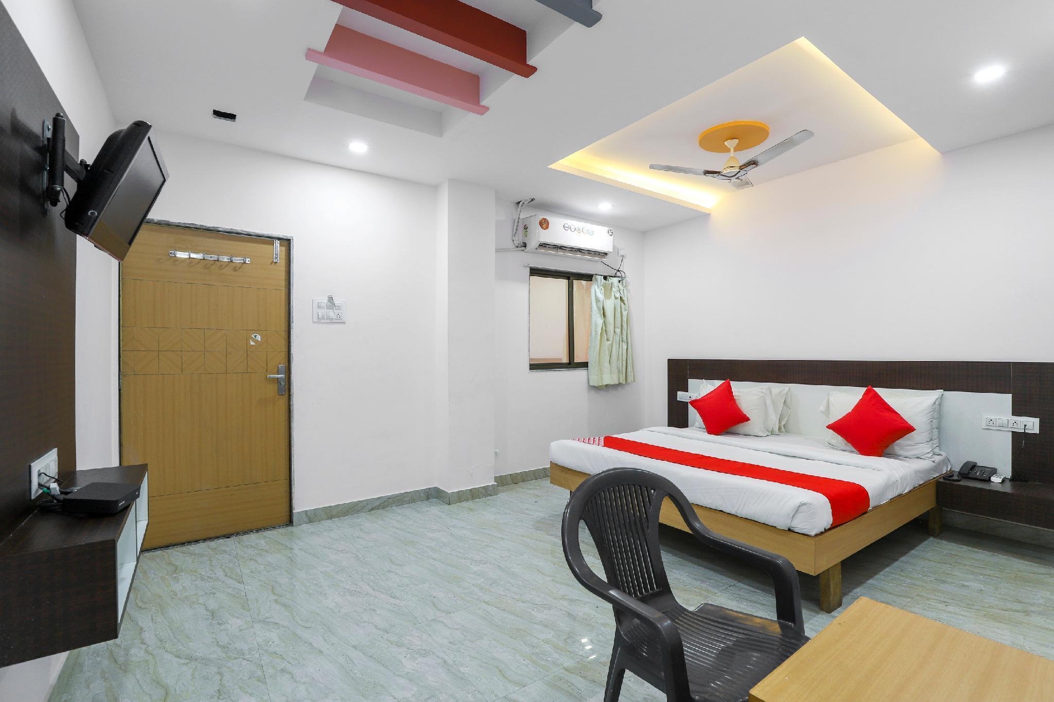 OYO 62992 Hotel Ramdev