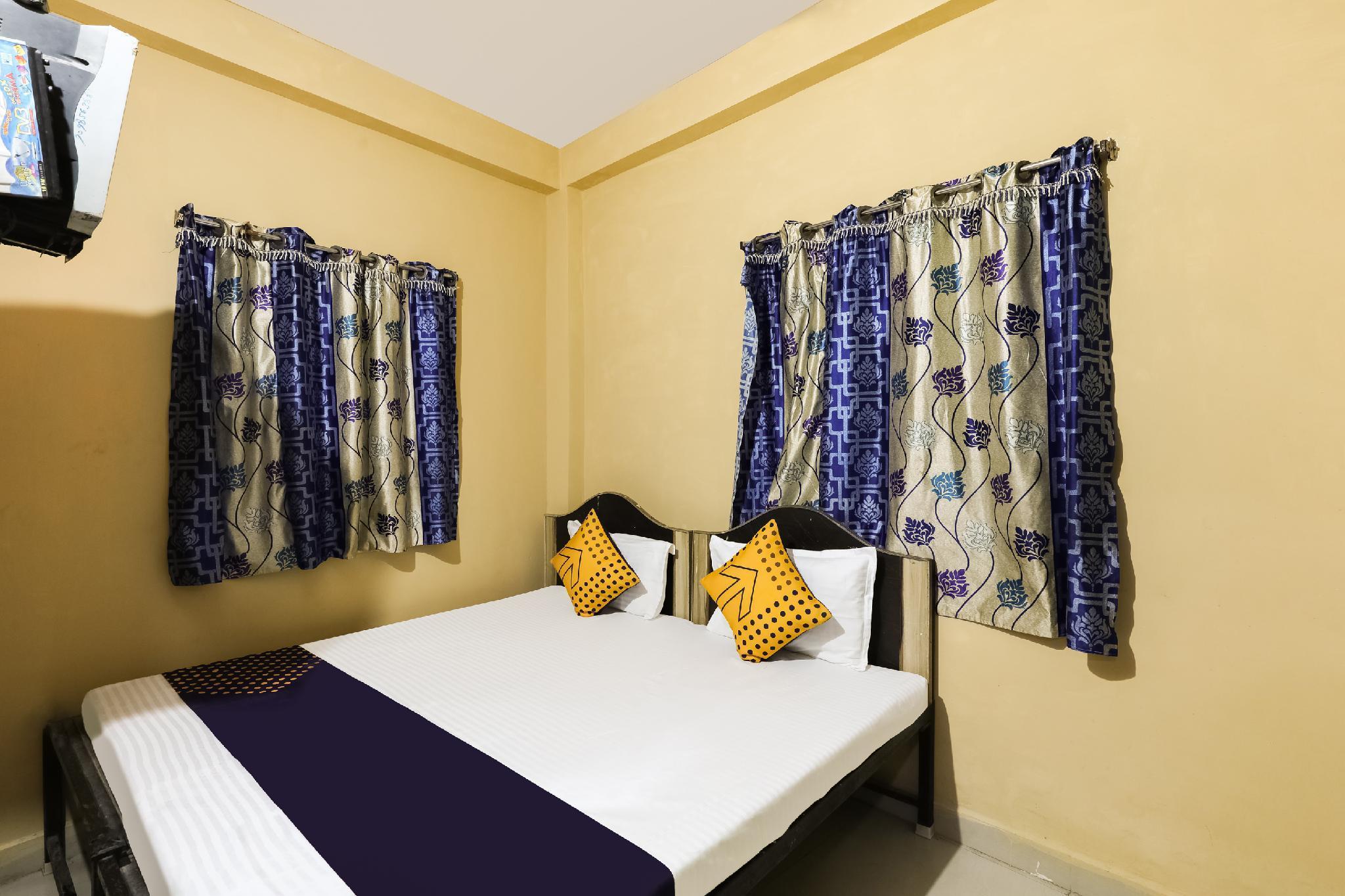 SPOT ON 64769 Hotel G.n Palace