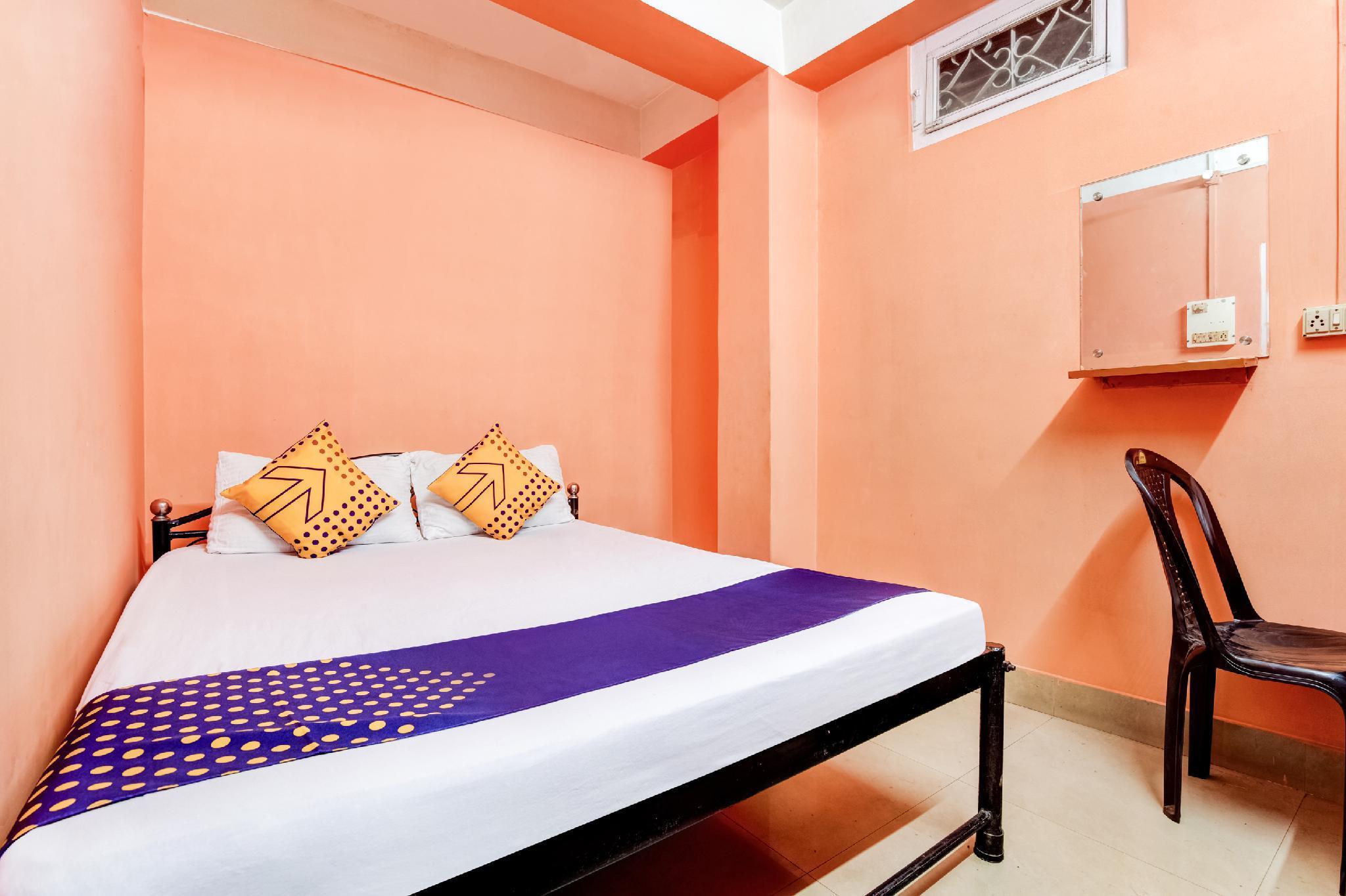 SPOT ON 66024 Hotel Bee Dee Residency