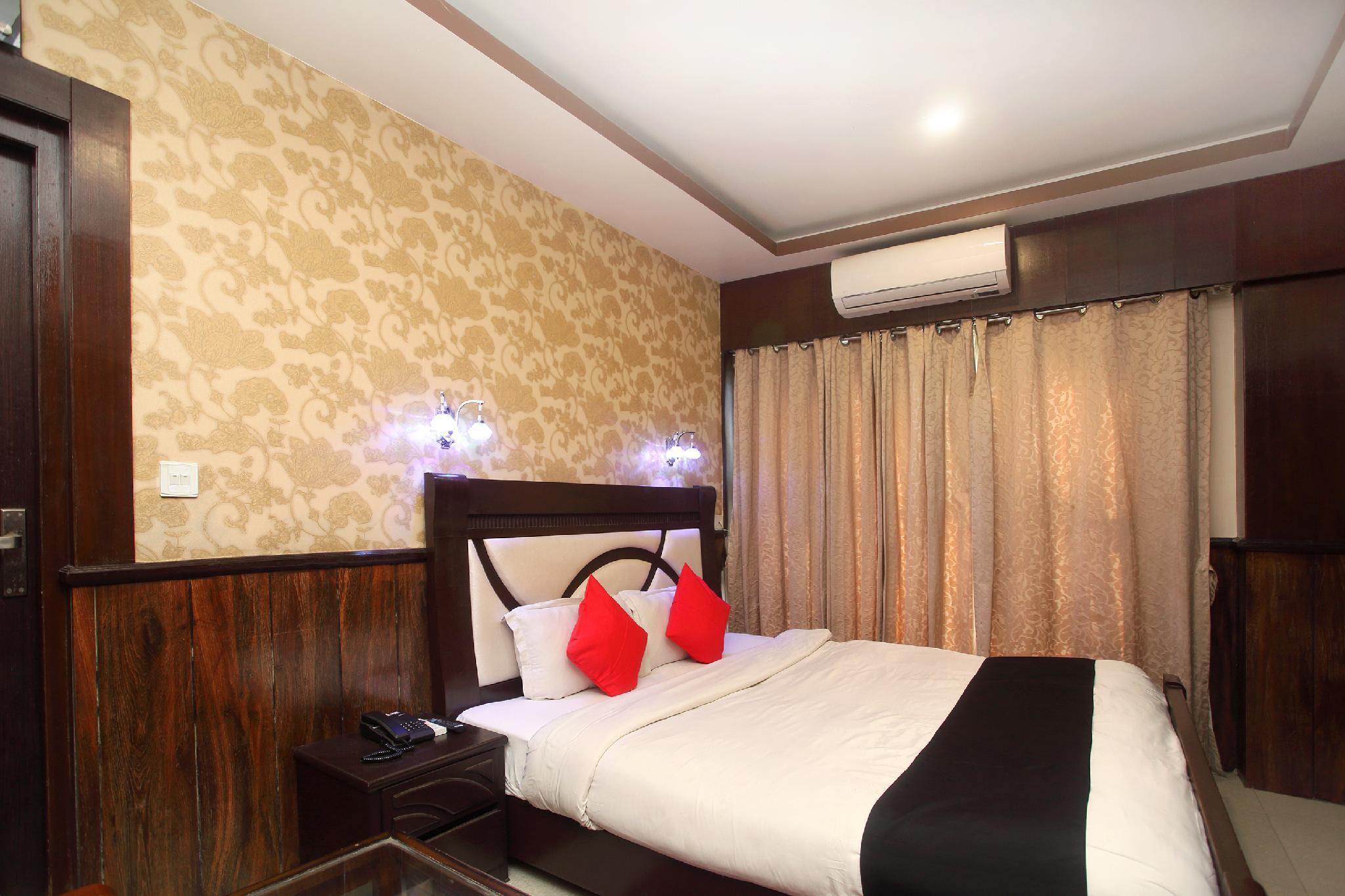 OYO 709 Hotel Prakash