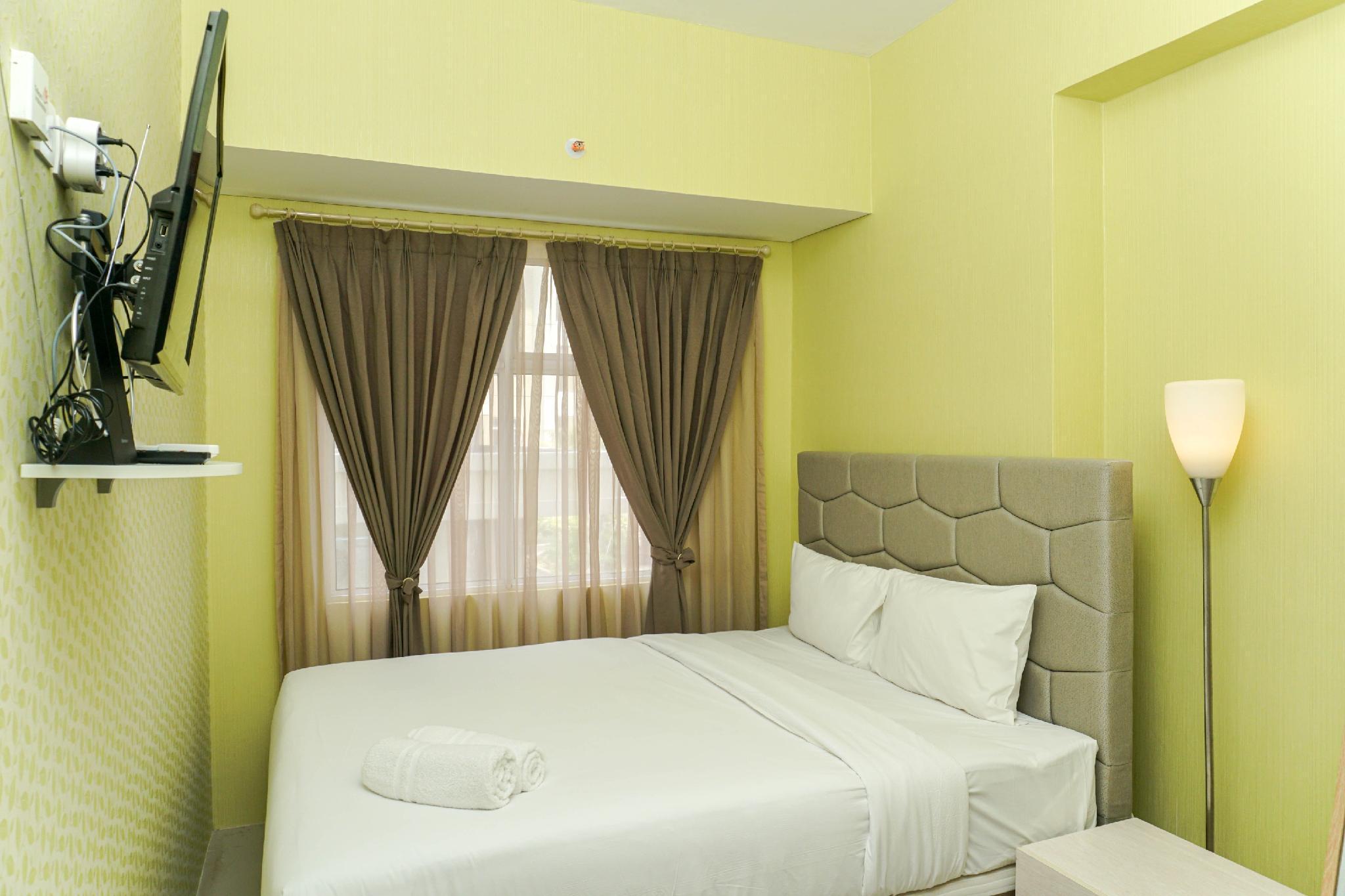 Homey And Luxurious 3BR @ Vittoria Apt By Travelio