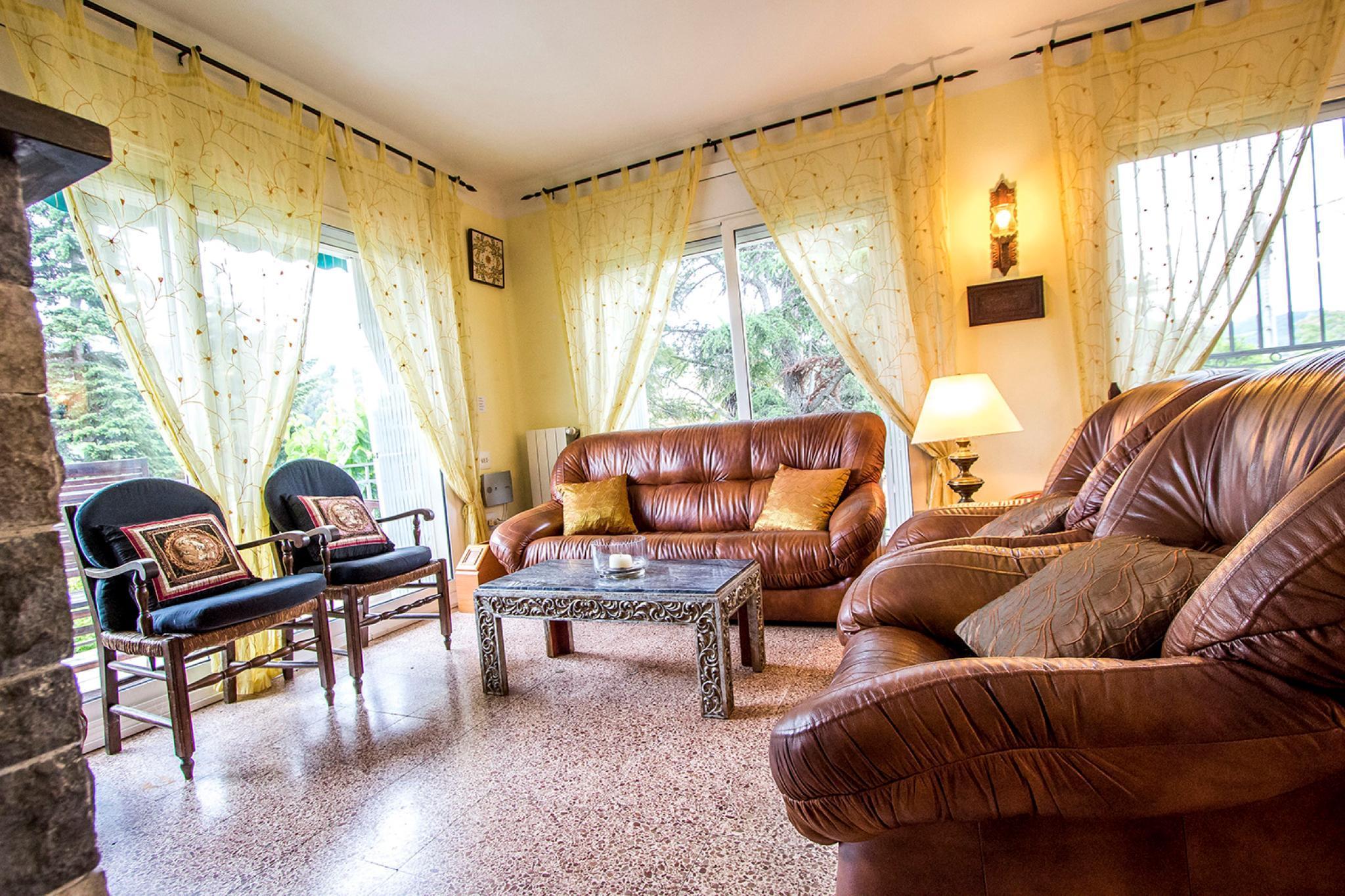 107589 - Villa in Castellbell i el Vilar
